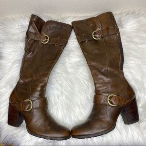 Born Brown Leather Heeled Zip Boots Size 9…